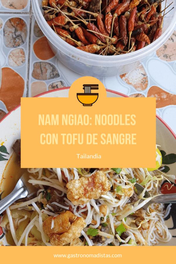 El nam ngiao es un plato de la cocina lanna que se caracteriza por su caldo de tomate con trozos de sangre coagulada | Gastronomadistas
