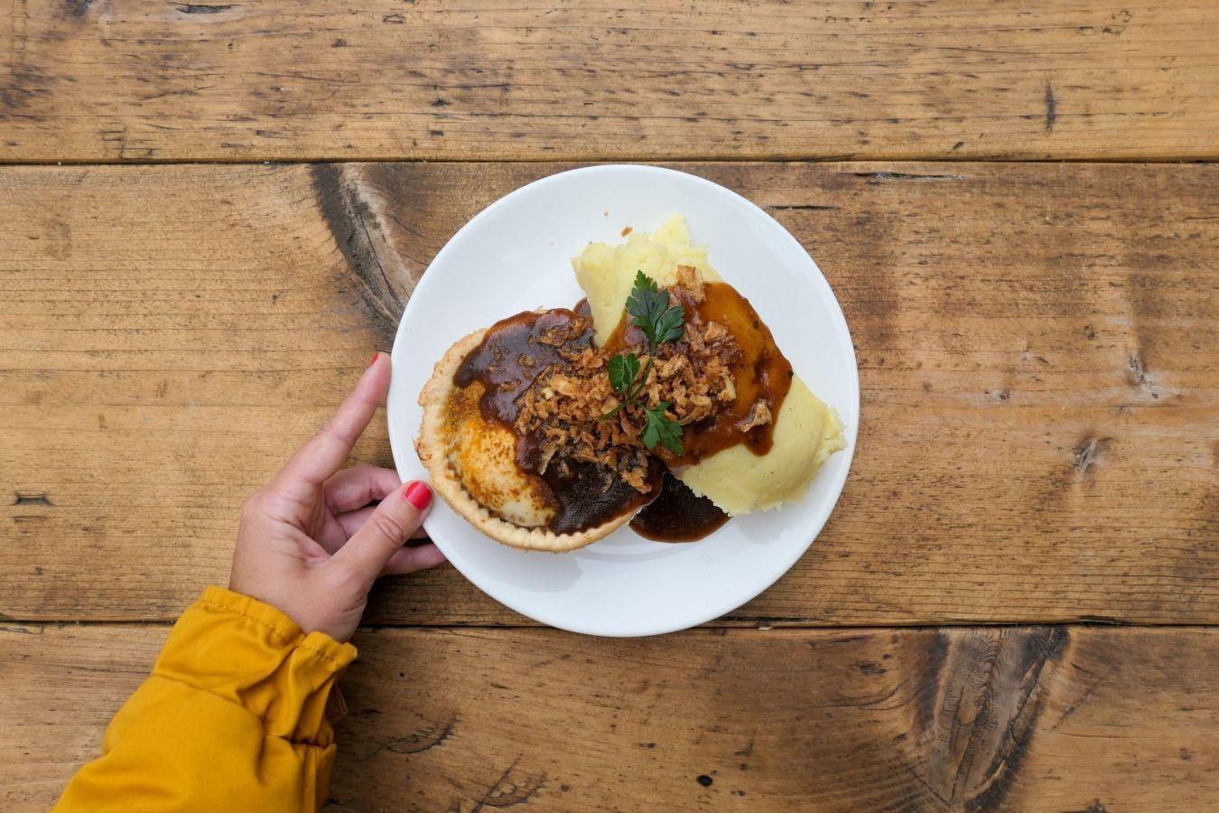 Déjate sorprender por esta selección de restaurantes 100% veganos de Londres en los que no echarás en falta la carne para nada.