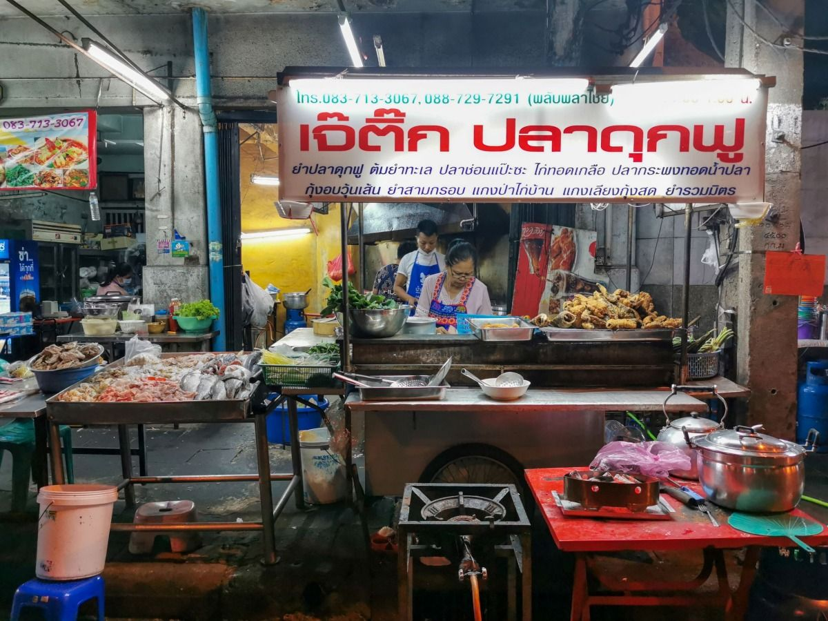 Comer en Chinatown Bangkok: sumérgete en la cultura china de Yaowarat a través de sus mercados, templos y, especialmente, su gastronomía | Gastronomadistas.