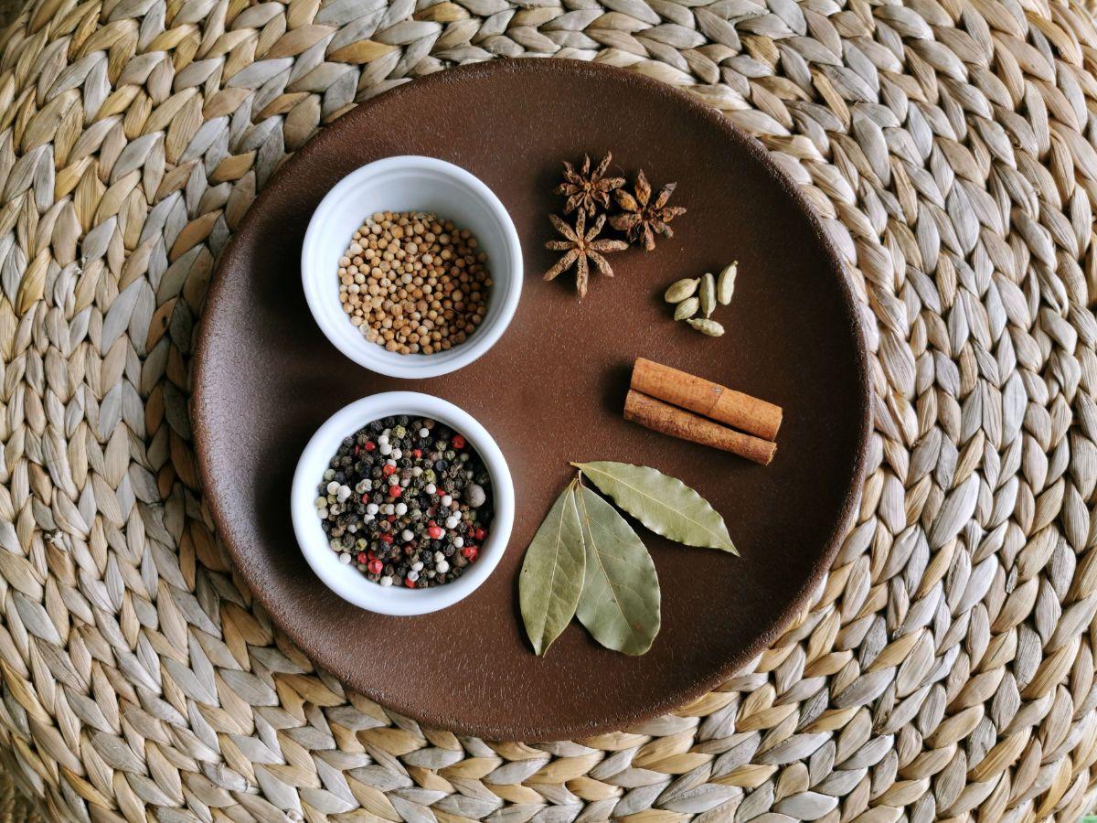 Cómo hacer «chilli oil» o aceite picante al estilo asiático
